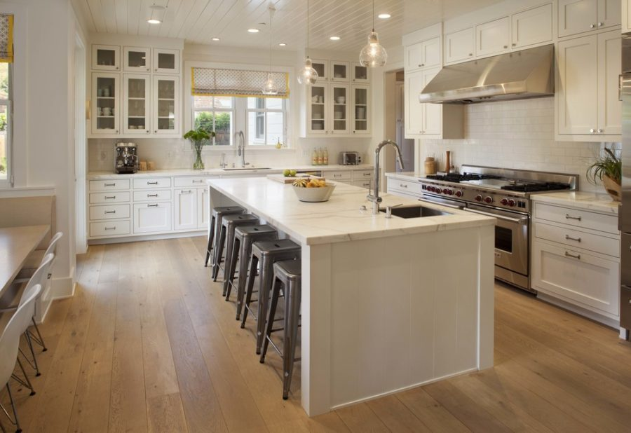 Beautiful-creamy-kitchen-design-900x618