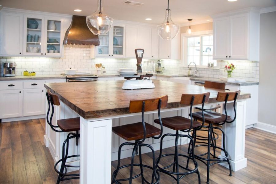 Farmhouse-kitchen-design-with-industrial-chairs-900x600