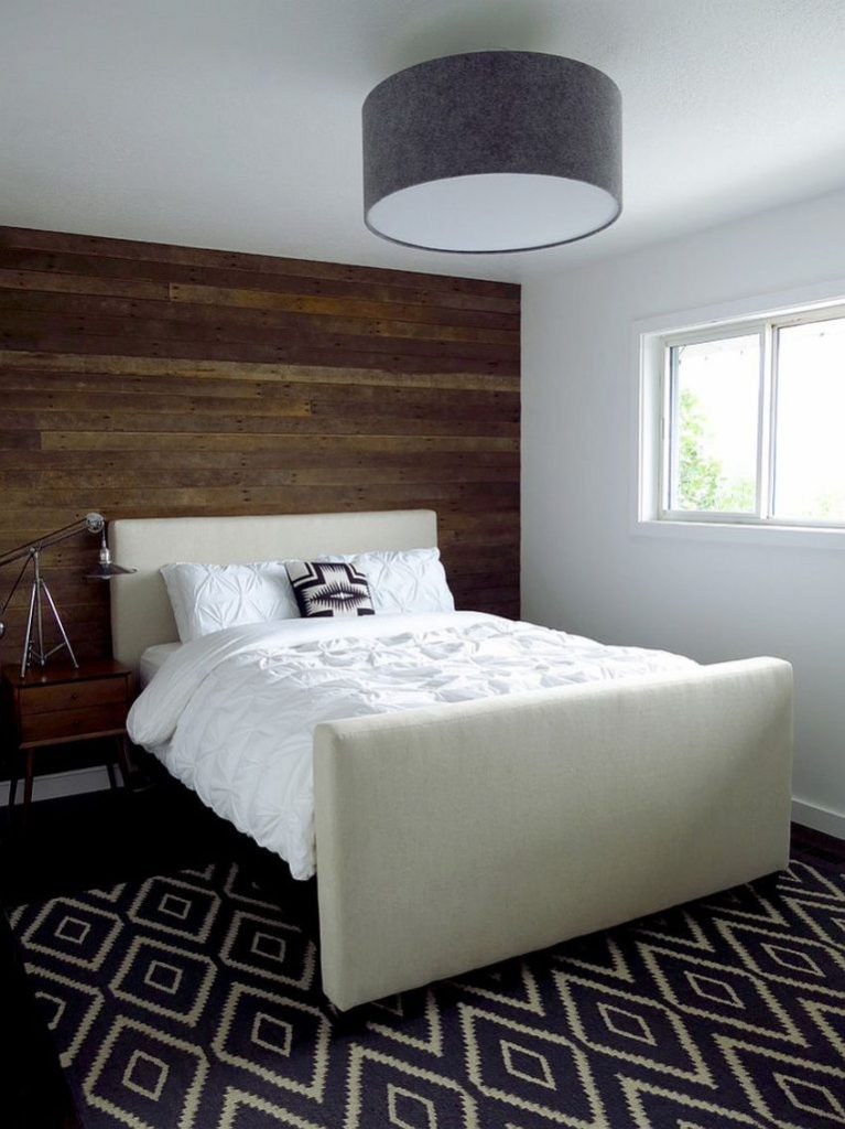 Reclaimed-wood-wall-feature-for-the-contemporary-bedroom-768x1025
