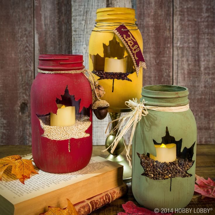 chalk-paint-and-stencil-leaf-mason-jar-centerpiece