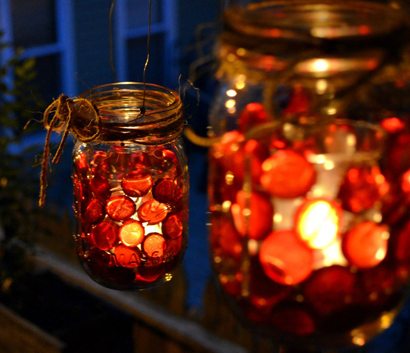glass-beads-red-mason-jar