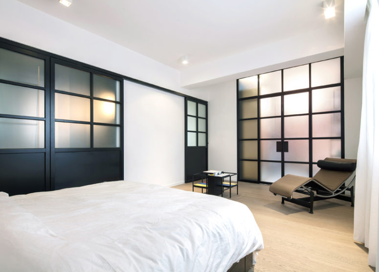 06-The-enlarged-bedroom-has-direct-access-to-the-walk-in-wardrobe-and-master-bathroom-775x557