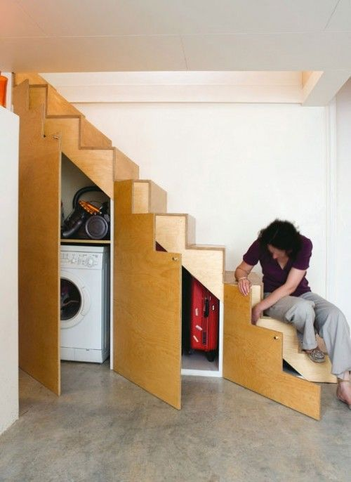 30-laundry-under-the-stairs