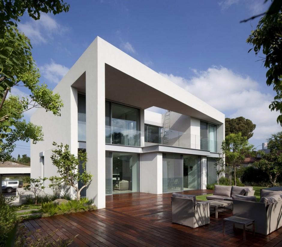 exterior-Project-CH-House
